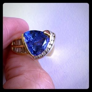 Jewelry - Vintage Tanzanite & Diamond Ring